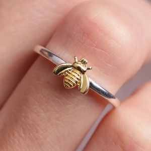 NEW TWO TONE SILVER & YELLOW GOLD BEE🐝 RING